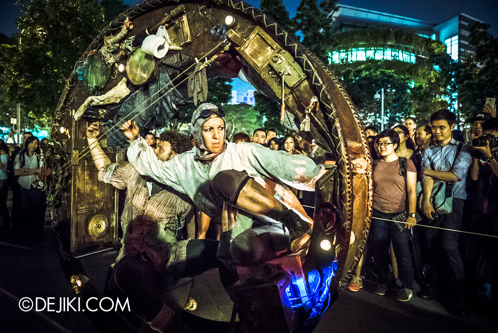 Night Festival 2016 - The Wheel House by Acrojou, the move