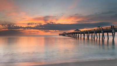 Calm waters at the Juno Beach Pier