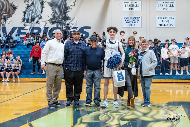 2.10.20  MEADOWDALE SENIOR NIGHT VARBBB.DSW (013).jpg