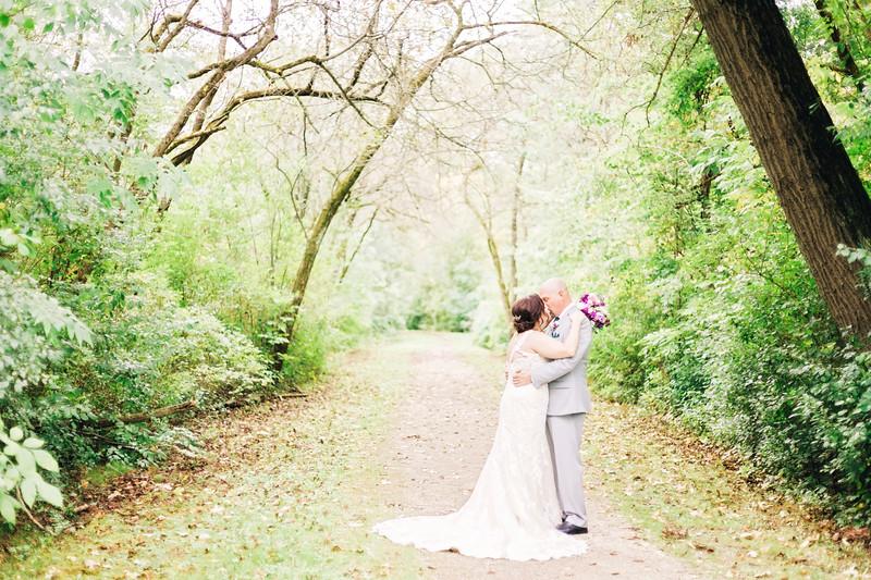 chateau-on-the-river-trenton-michigan-wedding-0137.jpg