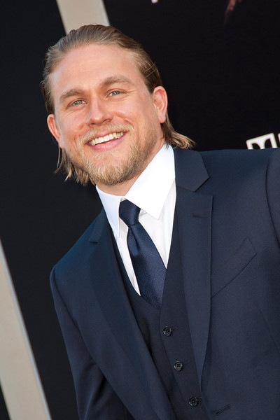 HOLLYWOOD, CA - JULY 09: Actor Charlie Hunnam arrives at the premiere of Warner Bros. Pictures' and Legendary Pictures' 'Pacific Rim' at Dolby Theatre on Tuesday, July 9, 2013 in Hollywood, California. (Photo by Tom Sorensen/Moovieboy Pictures)