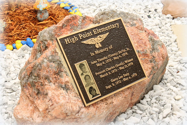 Highpoint Memorial Garden 050416