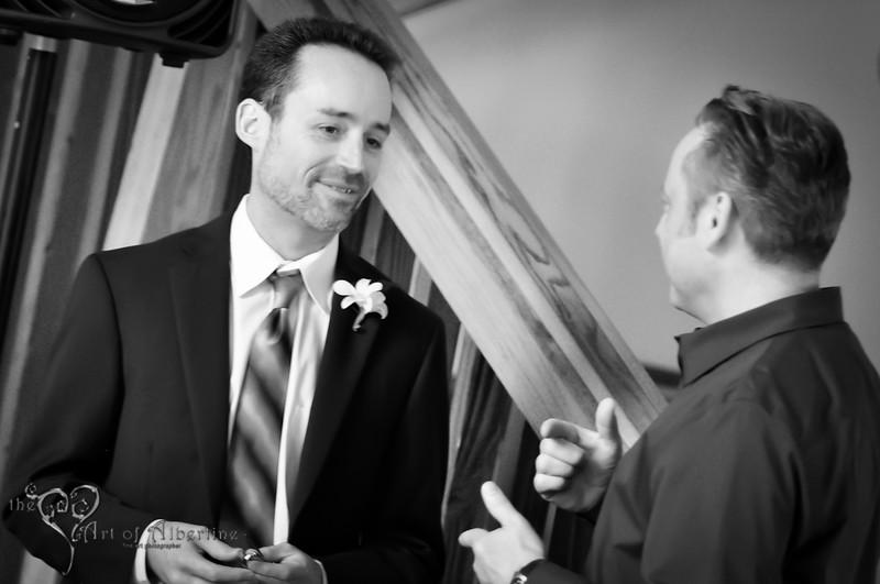 Wedding - Laura and Sean - D90-1347.jpg
