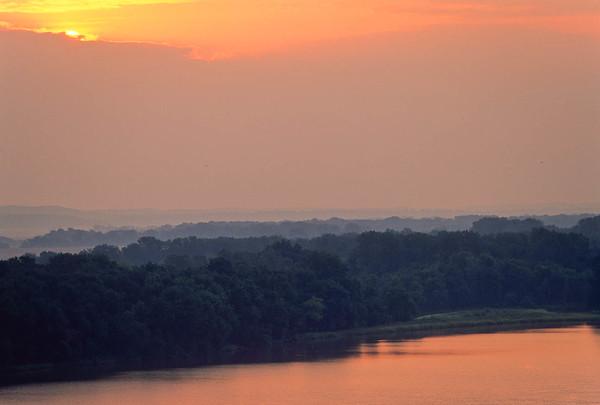 Mississippi River Scenics  (and a couple Missouri River)