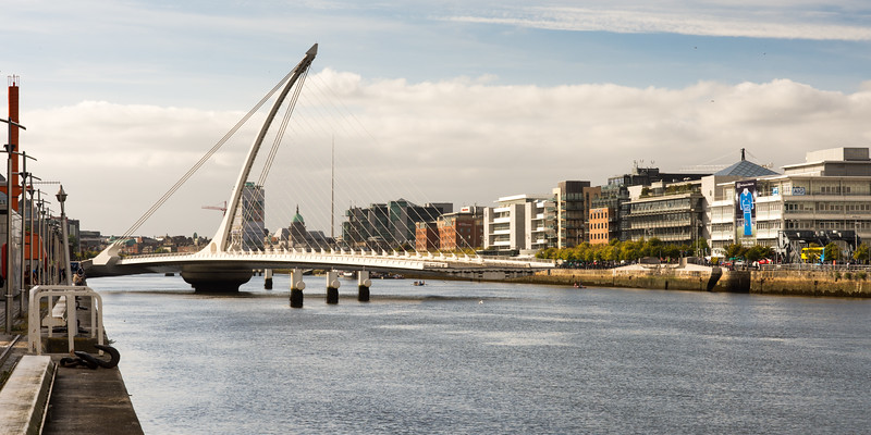Samuel Beckett Bridge open for boats