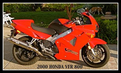2000_Honda_VFR800