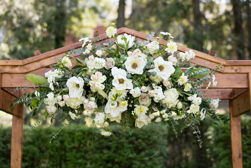 wedding-arbor-flowers (14 of 29).jpg