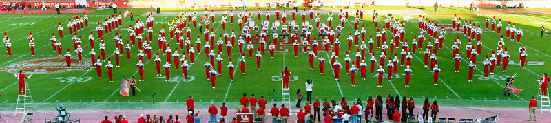 UH band at halftime