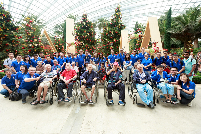 VividSnaps-Extra-Space-Volunteer-Session-with-the-Elderly-030.jpg