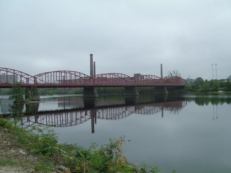 Aiken St Bridge 311.jpg