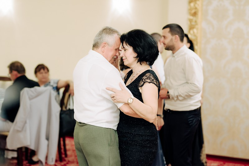 Gabriela & Nicolae-0888.jpg