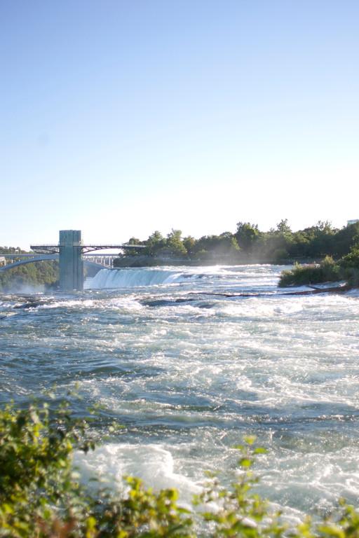 alexandergardner-Niagara-20110823-33