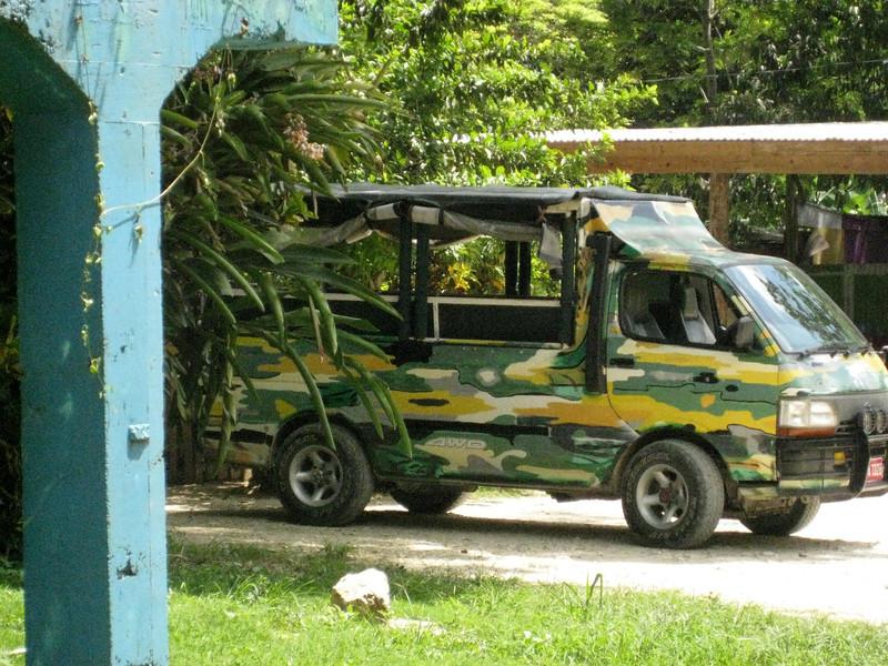 2008 April -Jamaica Whitehouse 549.JPG