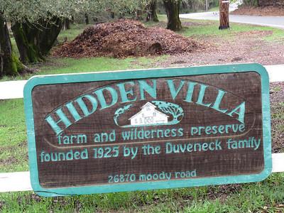 140228 Hidden Villa rm4