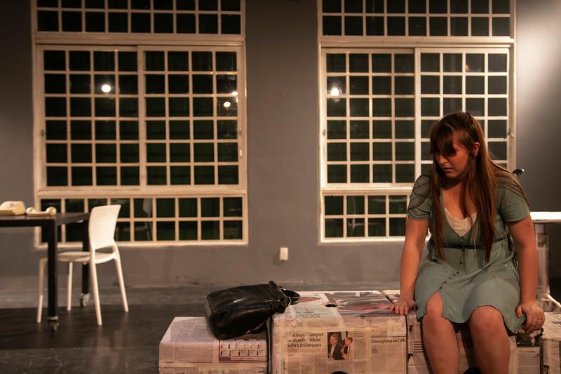 Allan Bravos - Celia Helena - O Beijo no Asfalto-2030.jpg
