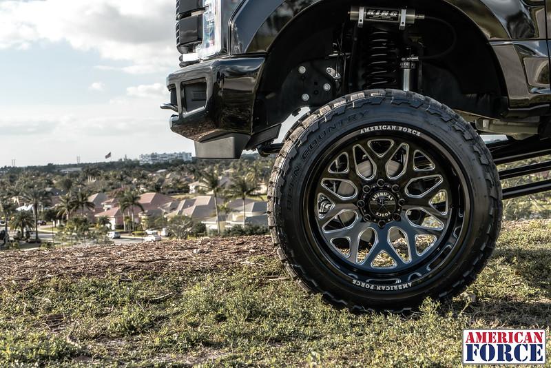 Robbie-Weir-Black-2017-Ford-F250-24x14-Machined-Black-SPRINT-CC8-@BFNTrucks-WEB-180201-DSC00468-28.jpg