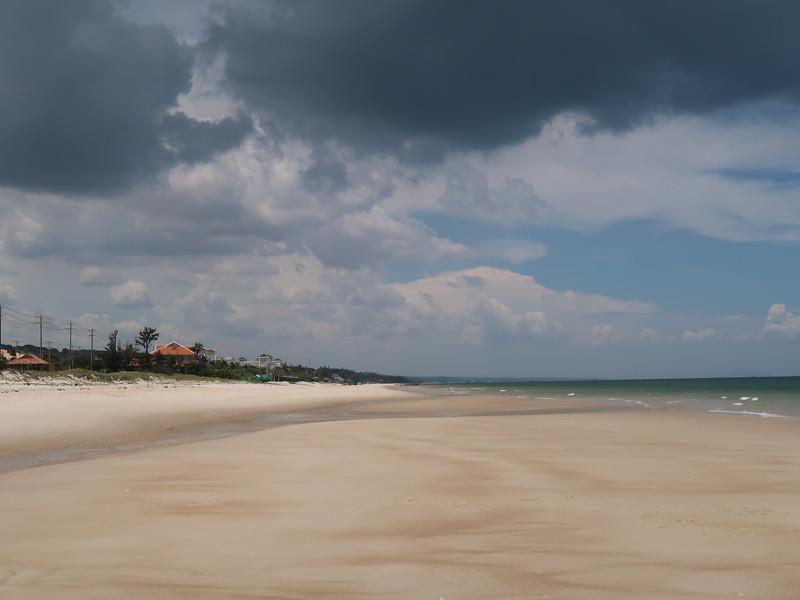 IMG_3303-tan-thanh-beach-sand.JPG
