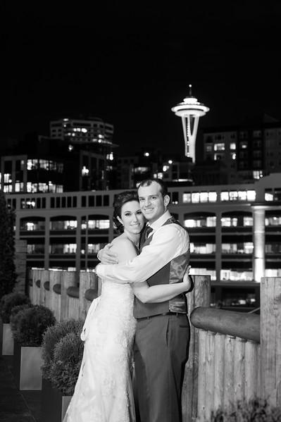 edgewater-hotel-spring-wedding-waterfront-downtown-seattle-wedding-carol-harrold-photography-22.jpg