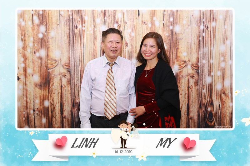 Linh-My-wedding-instant-print-photo-booth-in-Ha-Noi-Chup-anh-in-hnh-lay-ngay-Tiec-cuoi-tai-Ha-noi-WefieBox-photobooth-hanoi-115.jpg