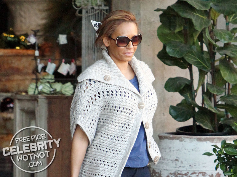 EXC: Melanie Brown Shops For Christmas Decorations