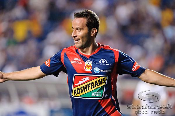 SuperLiga 2010:  Monarcas Morelia vs. Pumas UNAM