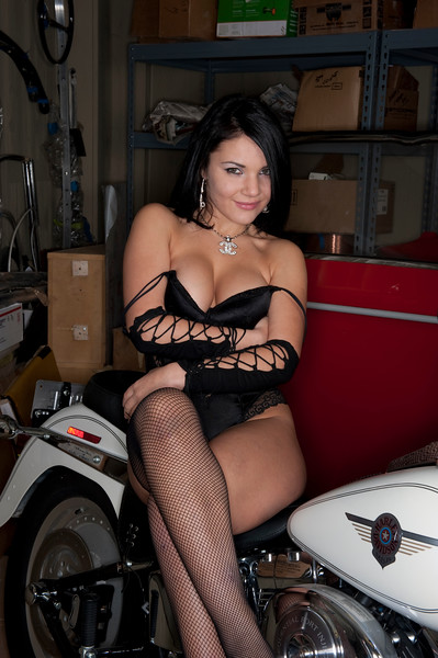 Vlada and the Harley 8.jpg