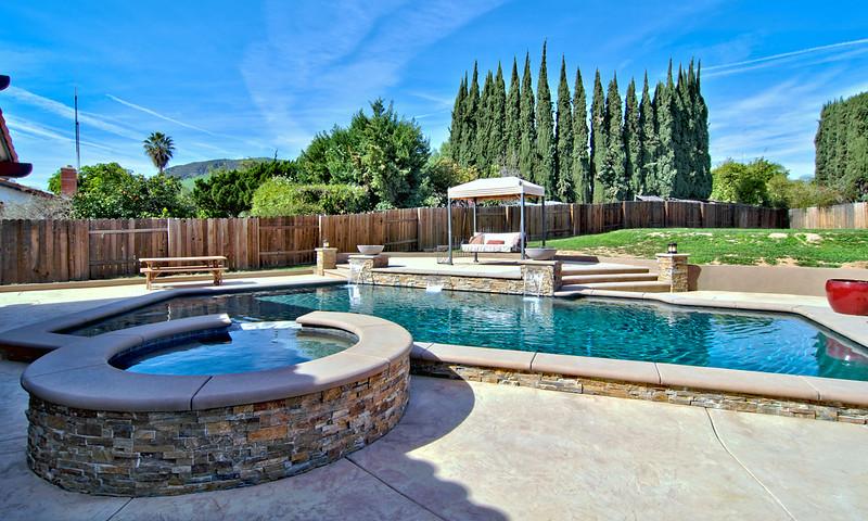 1273 Oak Mesa St La Verne  pool (1).jpg