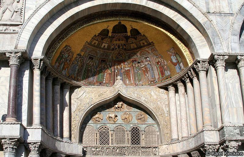 V_041_Porta di Sant' Alippo (noordportaal).jpg