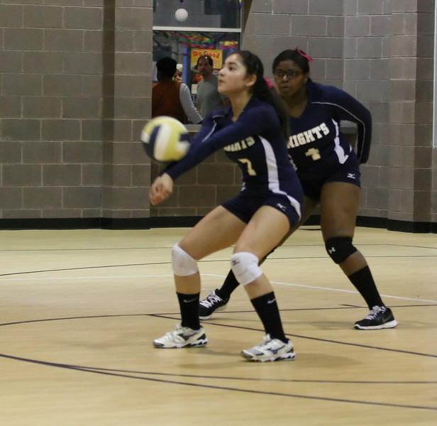 VCA Knights Volleyball 2013-143.jpg