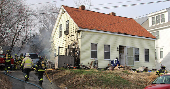 Merrimac, MA,  4/7/20, 2 Mechanic St.,  Working Fire