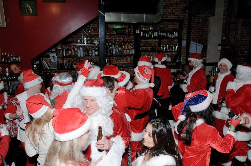 2009 ALS Santa Crawl-12.jpg
