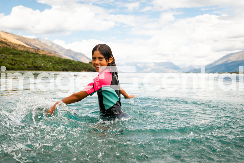 Lake Wakatipu Avie Morgan © Copyright image by Clare Toia-Bailey / www.image-central.co.nz