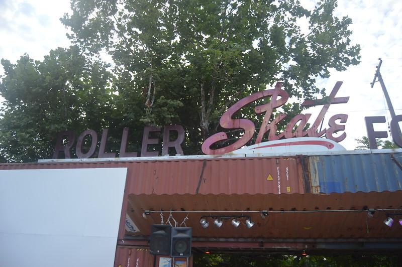 029 Roller Skate For Health.jpg