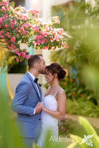 Danielle-Kirk-3-Newlyweds-46.jpg