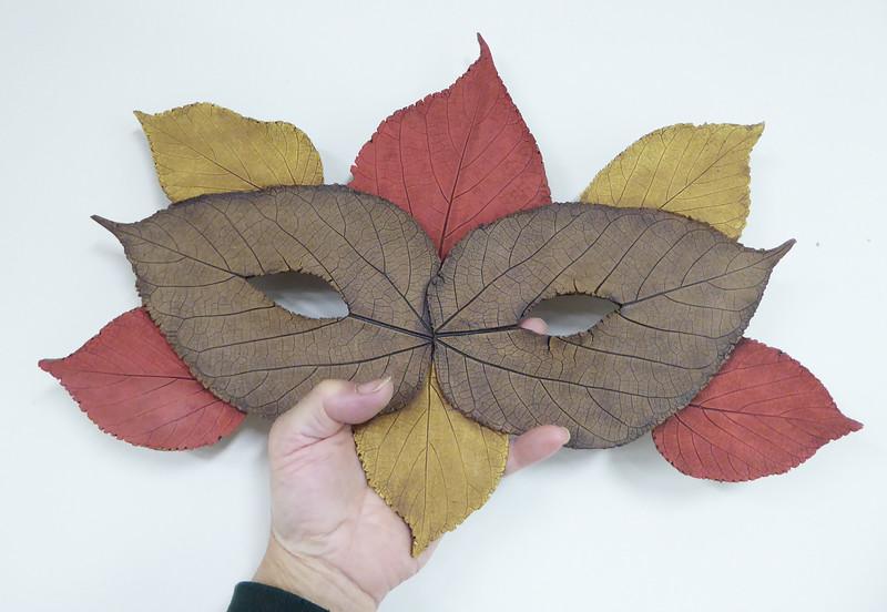 OK308 - Large Leaf Mask  ***SOLD***