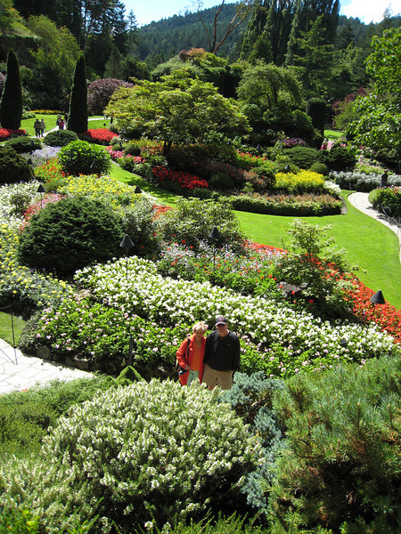 Mike and Linda - Butchart Gardens