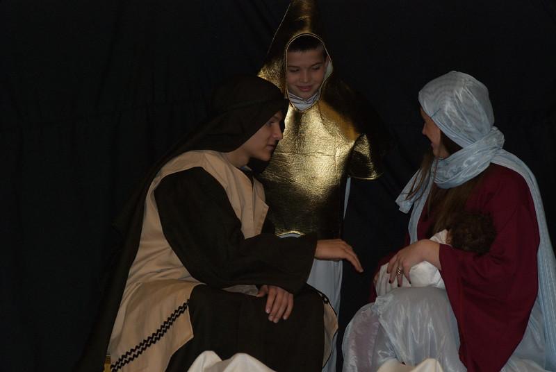 2013-12-22-Christmas-Pageant_379.jpg