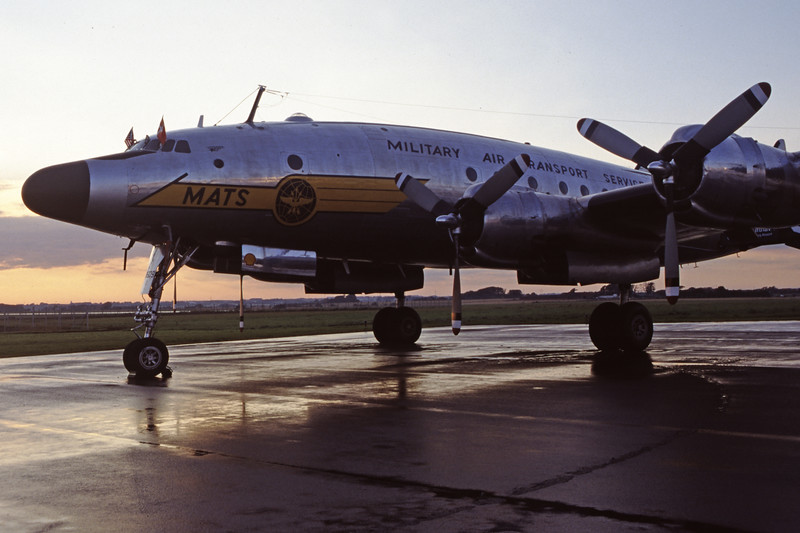 N494TW-LockheedC-121AConstellation-Private-EKEB-1998-08-31-FQ-44-KBVPCollection.jpg