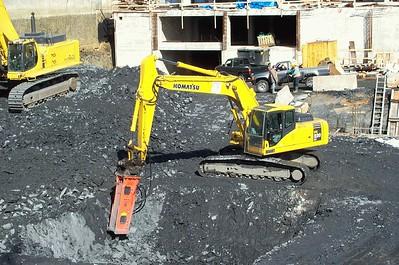 E216 Hydraulic Hammer