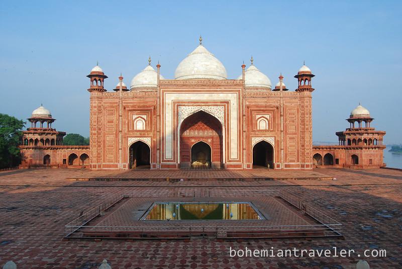 mosque at the Taj Mahal (3).jpg