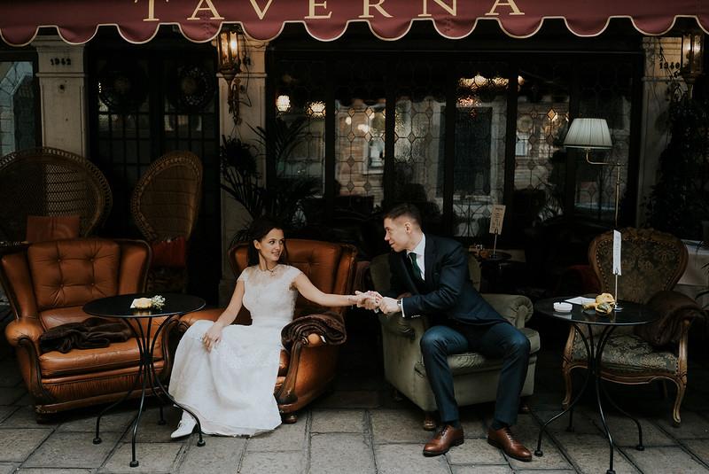 Tu-Nguyen-Destination-Wedding-Photographer-Elopement-Venice-Italy-Europe-w39.jpg