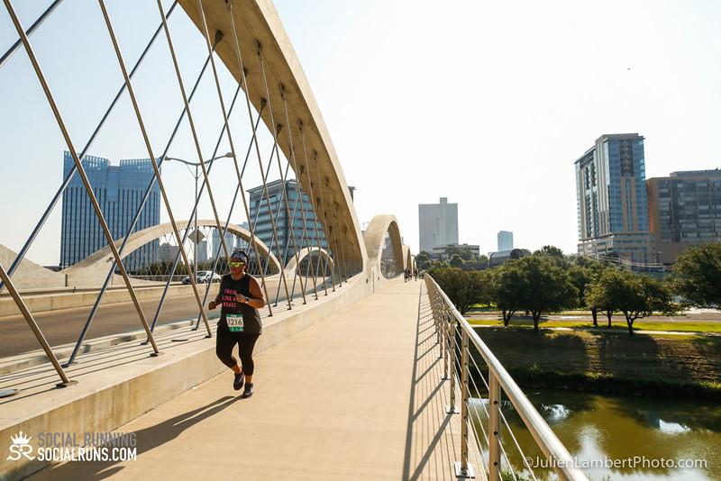 Fort Worth-Social Running_917-0543.jpg