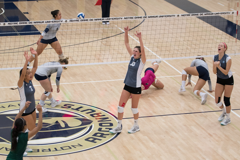 HPU Volleyball-93180.jpg