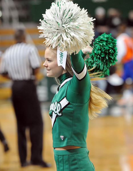 cheerleaders0705.jpg