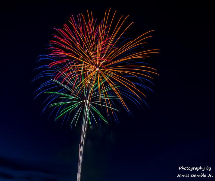 Fourth-of-July-Fireworks-2016-0296.jpg
