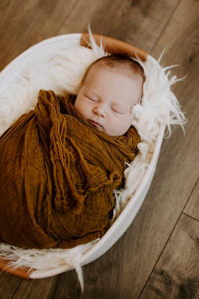 Alaina Jade Monetti | Newborn