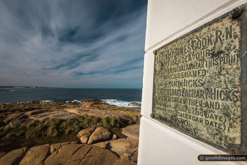 This memorial commemorates the first sighting of Australia by the British. Lt Zachary Hicks was the first to spot land while sailing with Captain James Cook, 20th April 1770.