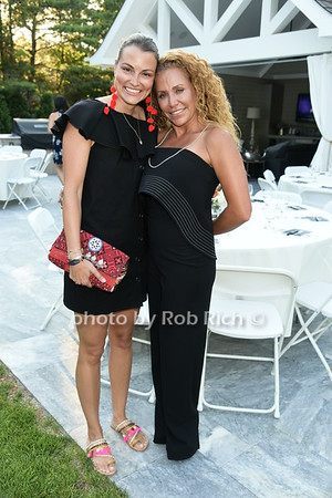 Taylor Dayne's private performance at a benefit for UNLIKELY HEROES  at the Sag Harbor residence of Ian and Crystal Behar  on 8-1-17. all photos by Rob Rich/SocietyAllure.com ©2017 robrich101@gmail.com 516-676-3939