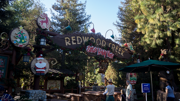Disneyland Resort, Disneyland, Christmas, Holiday, Holidays, Christmas Time, Disney California Adventure, Grizzly Peak, Redwood Creek Challenge Trail, Challenge, Trail, Challenge Trail, Redwood Creek, Redwood, Creek, Santa Clause, Santa Claus, Santa, Clause, Claus