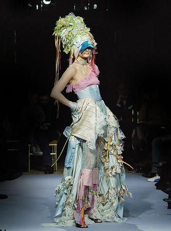 ON AURA TOUT VU Haute Couture Spring Summer 2004